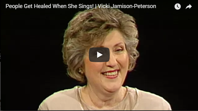 People Get Healed When She Sings! | Vicki Jamison-Peterson|Sid Roth's It's Supernatural!