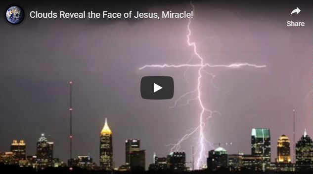 Clouds Reveal the Face of Jesus, Miracle!